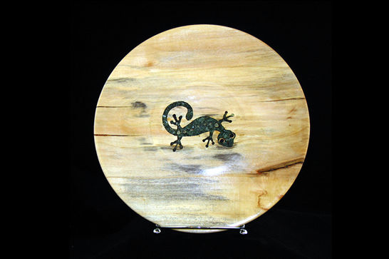 Inlaid Mineral Gecko Plate #326